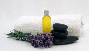 Aroma Therapie: Ätherische Öle für Körper und Seele