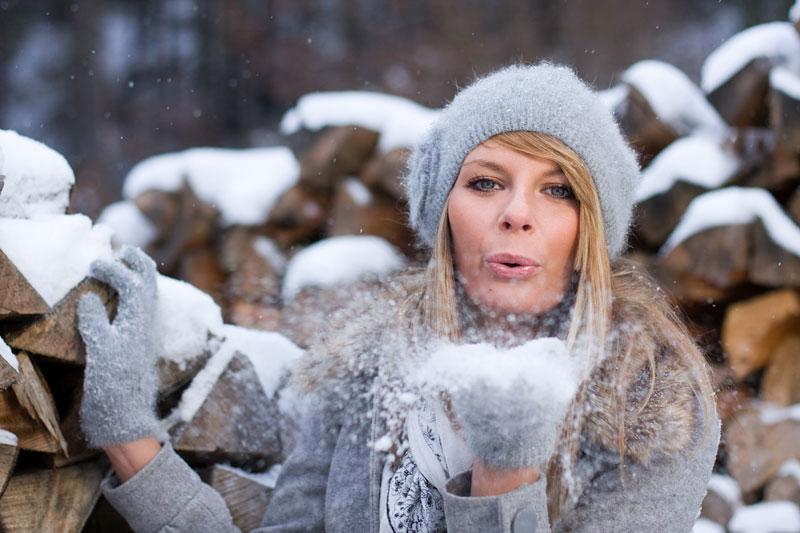 Kopfschmerzen bei Kälte: Wenn es im Winter pocht und sticht