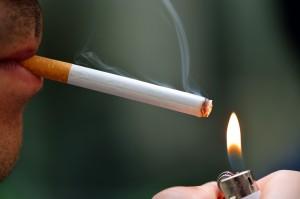 Zigarette anzünden - apotheken-wissen.de