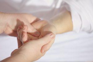Am Welt-Rheumatag sollen die Belange der Personen mit Rheumaleiden im Vordergrund stehen*