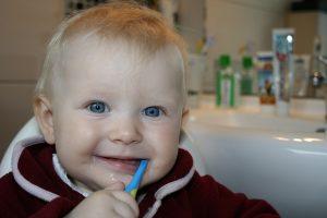 Zahngesundheit bei Kindern - apotheken-wissen.de
