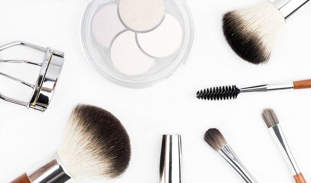 Make-up Utensilien